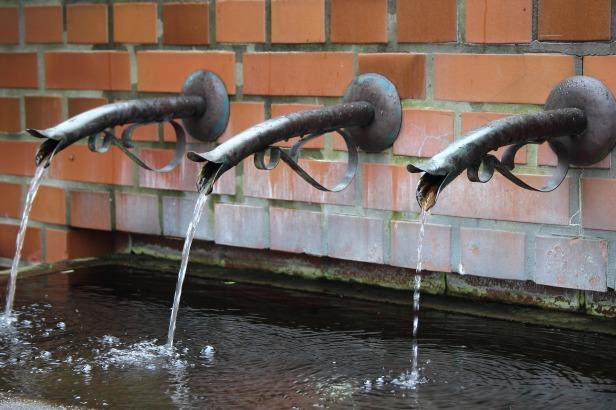 water bottles suck fountains.jpg